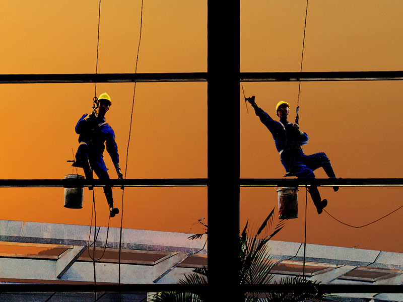 brisbane high rise building window cleaner gold coast